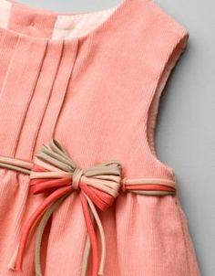 abito ago-Chort grembiule con fiore applique - Vestiti - Bambina (3-36 mesi) - Kids - ZARA Stati Uniti da Dee