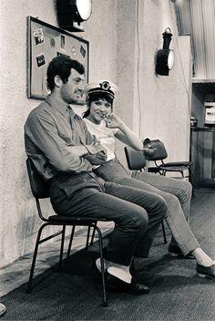 """Jean-Paul Belmondo y Anna Karina en el set de rodaje de """"Pierrot le fou"""" (Jean-Luc Godard, 1965)."""