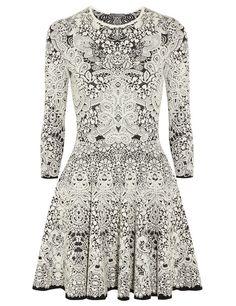 Vestido 'black&white' de Alexander McQueen