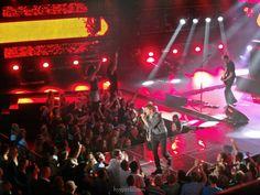 Wie jedes Jahr im Spätsommer/Herbst findet auch diesen September wieder das mehr als beliebte SWR 3 New Pop Festival powered by Audi in Baden-Baden statt. Um neue Künstler und Bands zu pushen und bekannter zu machen wurde das drei Tage dauernde Festival damals gegründet, und inzwischen ist es mehr als eine feste Institution für alle Musikfans, immerhin lockt es jährlich rund 50.000 Besucher nach Baden-Baden. Bereits im vergangen Jahr konnten wir das New Pop Festival besuchen und waren mehr…