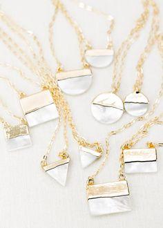 A ' ala collier de coquillages collier en or par kealohajewelry