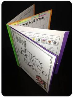 A Writer's Workshop Folder {PK-1} you have to buy it but the description might help you recreate it.