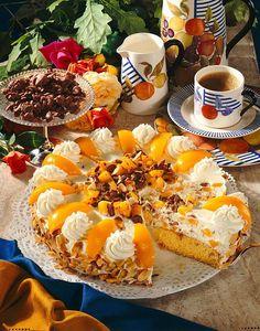Breakfast Tea, Holiday Cakes, Wedding Desserts, Cream Pie, Aesthetic Food, Yummy Cakes, Afternoon Tea, Food To Make, Cake Recipes