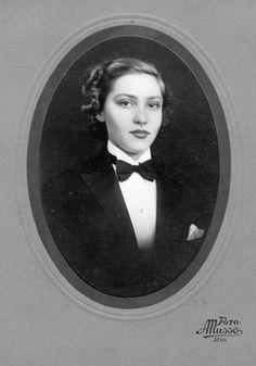 Foto de formatura do curso ginasial do colégio Sílvio Leite, em 1936