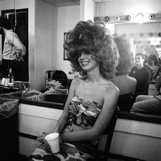 Cindy Permed Hairstyles, Modern Hairstyles, Retro Hairstyles, Kate Pierson, Cindy Wilson, B 52s, The B 52's, Air Dry Hair, Types Of Curls