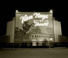 Van Nuys Drive-In San Fernando Valley Los Angeles Van Nuys California, California Dreamin', Vintage California, California History, Drive In Movie Theater, San Fernando Valley, Valley Girls, Back In Time, The Good Old Days