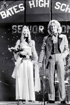 Sissy Spacek and William Katt in Carrie directed by Brian De Palma, 1976 Martin Scorsese, Scary Movies, Great Movies, Excellent Movies, Teen Movies, Cult Movies, Stanley Kubrick, Alfred Hitchcock, Veronica