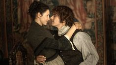 Caitriona Balfe And Sam Heughan Welcome New 'Outlander' Cast Members - They Are Adorable #CaitrionaBalfe, #SamHeughan celebrityinsider.org #TVShows #celebrityinsider #celebrities #celebrity #celebritynews #tvshowsnews