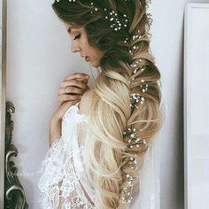 Top 100 wedding hairstyles photos Inspiração linda para as noivinhas de cabelo longo! 😍 #penteado #hairstyle #hairstyleoftheday #dress #weddingdress #casamento #casando #casar #wedding #inlove #inspiração #inspired #inspiration #love #cabelo #fashion #bride #bridal #bridezilla #bridalshow #weddinghair #weddinghairstyles #f4f #noiva #noivo #weddingideas #weddingday #weddingplanner #grifenoivasemoda #desejodasnoivas 👰 See more http://wumann.com/top-100-wedding-hairstyles-photos/