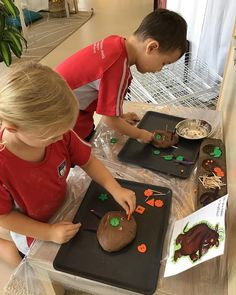 Can you make 'The Gruffalo'? With a little bit of help from your friends any… - Autumn İdeas Gruffalo Eyfs, Gruffalo Activities, Gruffalo Party, Eyfs Activities, Playdough Activities, The Gruffalo, Work Activities, Infant Activities, Kindergarten Activities
