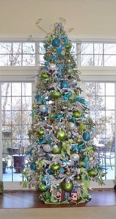 Pretty Christmas tree green....gray...turquoise