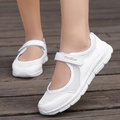 Mesh Casual Shoes Four Seasons Mesh Mother Shoes Ladies Sports Fitness Breathable Running Shoes Generation - Welcome To Best Place To Buy Shoes Tenis Casual, Casual Sneakers, Casual Shoes, Tenis New, Comfortable Work Shoes, Baskets, Womens Fashion Sneakers, Sneakers Women, Sandals For Sale