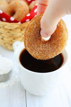 Baked Cinnamon Sugar Doughnuts... Amazingly easy... No oil... Just bake it!
