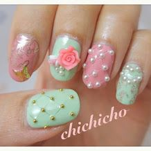 Vintage Cupcakes and Quilted Nails