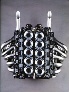 """frenchcurious: Honda V10 """"RA109E"""" de formule 1 - Les couleurs du Japon - Automobiles Classiques février / mars 1992."""