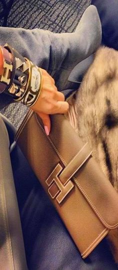 Hermes.  A daytime clutch that goes with just about anything.