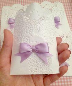 Paper Doily Crafts, Doilies Crafts, Paper Doilies, Diy Crafts For Gifts, Diy Arts And Crafts, Crafts For Kids, Wedding Crafts, Diy Wedding, Ramadan Decoration