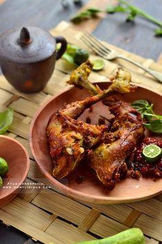 Ayam Goreng Lengkuas.