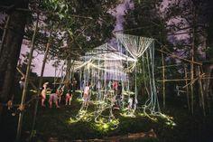 """""""Meeting point"""" Escultura de fibra óptica para el festival Urbanscapes de Nacho Ruiz en Malasya"""