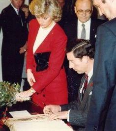 Princesse Diana & Prince Charles - le 06 & 07 Novembre 1987 Hamburg  West Germany