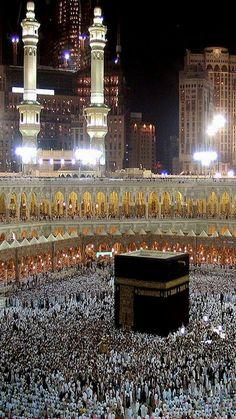 A breathtaking view of # Mecca Muslim Images, Islamic Images, Islamic Pictures, Muslim Photos, Mecca Madinah, Mecca Masjid, Islamic Wallpaper Hd, Mecca Wallpaper, Masjid Al Haram