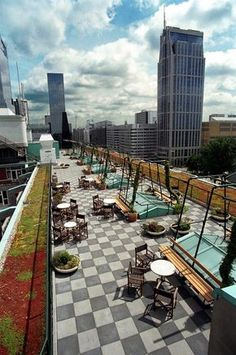 On the roof of Cafe Engels - Rotterdam Dak cafe dat een handig idee is voor sted. On the roof of C Leiden, Rotterdam Architecture, La Haye, Rotterdam Netherlands, Eindhoven, Excursion, Voyage Europe, The Good Place, Beautiful Places