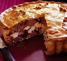 This pie is gorgeous. I've made it with butternut squash instead of cranberries and turkey and chicken breast instead of just chicken. Perfect for a buffet. Christmas Buffet, Christmas Cooking, Noel Christmas, Christmas Recipes, Xmas Food, Christmas Ideas, Holiday Foods, Christmas Nibbles, English Christmas
