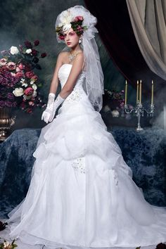 A perfect dress for garden wedding, agree? Buy this dress in 3 days, get $25 discount. Coupon code: VSFB3290.