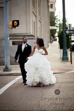 Bride And Groom Portraits Downtown Memphis Twiceaschicweddings