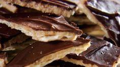 "Sweet and Saltines.....Trisha Yearwood's recipe for ""CRACK"""