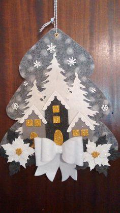 Le Gioie DiKappa Felt Christmas Decorations, Felt Christmas Ornaments, Christmas Mood, Rustic Christmas, Handmade Christmas, Christmas Wreaths, Christmas Crafts, Felt Crafts, Diy And Crafts