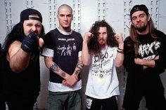 Pantera: Vinnie Paul, Philip Anselmo, Dimebag Darrell, e Rex Brown.