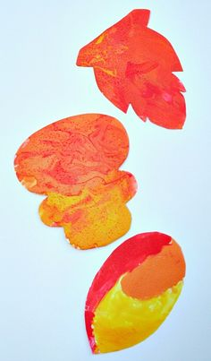 Fall Leaf Painting with Edible Paint by Fantastic Fun & Learning #PoppinsBookNook