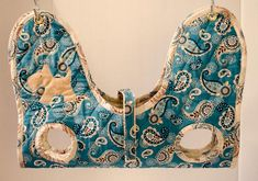 Essential Handmade Pet Grooming Sling Hammock Carrier - Paisley in Turquoise & Beige Dog Hammock, Pet Grooming, Grooming Salon, Animal Projects, New Puppy, Pet Gifts, Dog Design, Small Dogs, Fur Babies