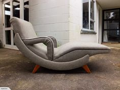 VINTAGE 1950'S ATOMIC DAY BED <MID CENTURY> | Trade Me