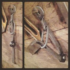 CLOVERDALE FORGE - Hook No.29 #366hooks Based on a pelican clip...