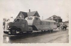 Vintage mobile trailer