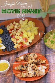 Movie Night Ideas: Jungle Book Inspired Chicken Skewers Recipe via… Dinner And A Movie, Family Movie Night, Disney Inspired Food, Chicken Skewers, Marinated Chicken, Disney Dinner, Dinner Themes, Dinner Ideas, Sites Online