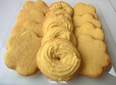Biscotti Biscuits, Biscotti Cookies, Cookie Recipes, Snack Recipes, Italian Pastries, Romanian Food, Italian Cookies, No Bake Cookies, Cute Food