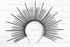 DIY Sunburst Headdress Tutorial - How to Make a Zip Tie Crown - The Artisan Life Hair Bow Tutorial, Headband Tutorial, Flower Tutorial, Popular Halloween Costumes, Halloween Goodies, Halloween 2020, Diy Costumes, Diy Halloween, Costume Ideas