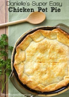 Homemade Super Easy Chicken Pot Pie recipe ready in 35 minutes made with Pillsbury crust and vegetables. Includes recipe video Homemade Super Easy Chicken Pot Pie recipe ready in 35 minutes made with Pillsbury crust and vegetables. Easy Pie Recipes, Chicken Recipes, Cooking Recipes, Cooking Cake, Easy Chicken Pot Pie Recipe Pie Crust, Pillsbury Chicken Pot Pie Recipe, Creamy Chicken Pot Pie Recipe, Chicken Pot Pie Recipe Pioneer Woman, Healthy Chicken Pot Pie