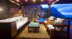 Discover your ideal Caribbean vacation at Ladera Resort! Book your stay at our luxurious resort with spa in St. Ladera St Lucia, Ladera Resort St Lucia, St Lucia Resorts, St Lucia Honeymoon, Caribbean Resort, Caribbean Sea, Jamaica Vacation, Luxury Accommodation, Design