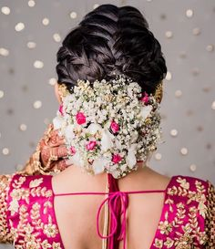 The Trendiest Bridal Long Hairstyles for Girls in 2019 Bridal Hair Buns, Bridal Hairdo, Bridal Hair Flowers, Indian Wedding Hairstyles, Bride Hairstyles, Engagement Hairstyles, Hairstyle Ideas, Fancy Braids, Best Bridal Makeup
