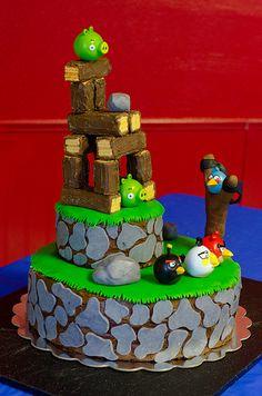 Angry Birds birthday cake.