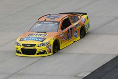 AJ  21st  --  Starting lineup for Citizen Soldier (Dover-Oct.) 400 | Photo Galleries | Nascar.com
