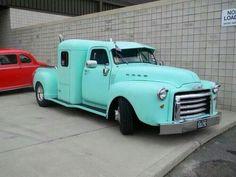 Cool fifties p/u truck pic.twitter.com/yEd4RVHzmp