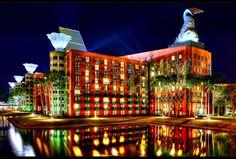 hotel architecture Walt Disney World Swan and Dolphin Resort in Lake Buena Vista, Florida, USA Michael Graves Disney World Hotels, Disney World Resorts, Walt Disney World, Hotels And Resorts, Best Hotels, Disney Parks, Amazing Hotels, Amazing Places, Downtown Disney