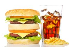 Why do you think fast food is so addictive? #weightloss #loseweight #behealthy #healthy #diet #fastfood #fitness www.weightlossrevolutions.co.uk