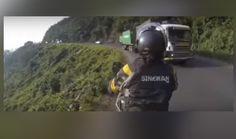 Motosiklet Sürücüsünün Trafik ile İmtihanı (video)