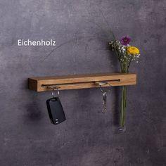 Schlüsselbrett mit Blumenvase von Woods: **✔ Schlüsselbrett aus Holz mit Blumenvase - handgefertigt in Bayern** **✔ fester Halt für deine Schlüssel** **✔ kinderleichte Montage - incl....